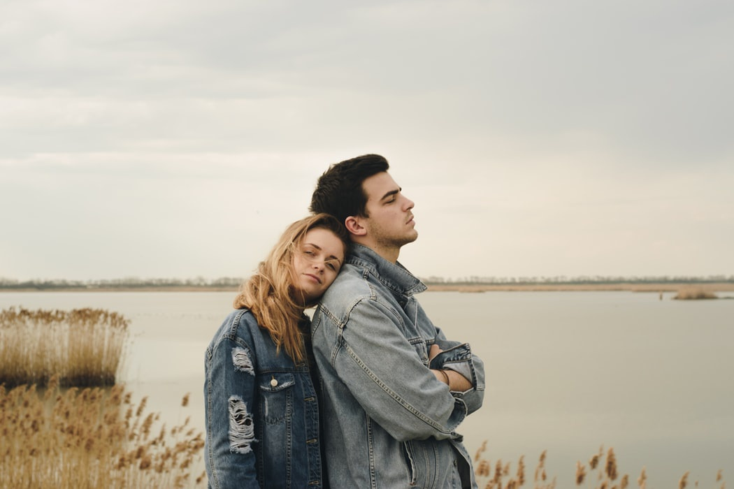 15 Sign He Doesn't Care (And It's Time To Let Go)
