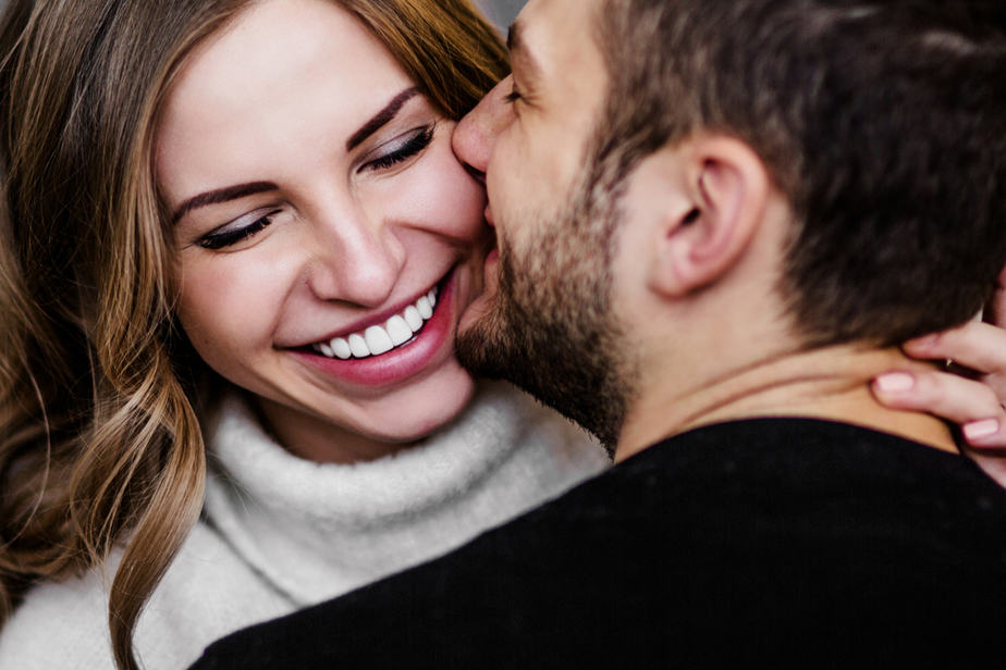 When A Man Is Afraid Of Losing You, He Will Do These 6 Things