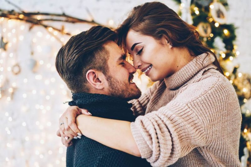 35 Most Romantic Cute Paragraphs To Send To Your Girlfriend