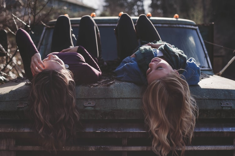 40+ Greatest Best Friend Paragraphs To Send To Your BFF