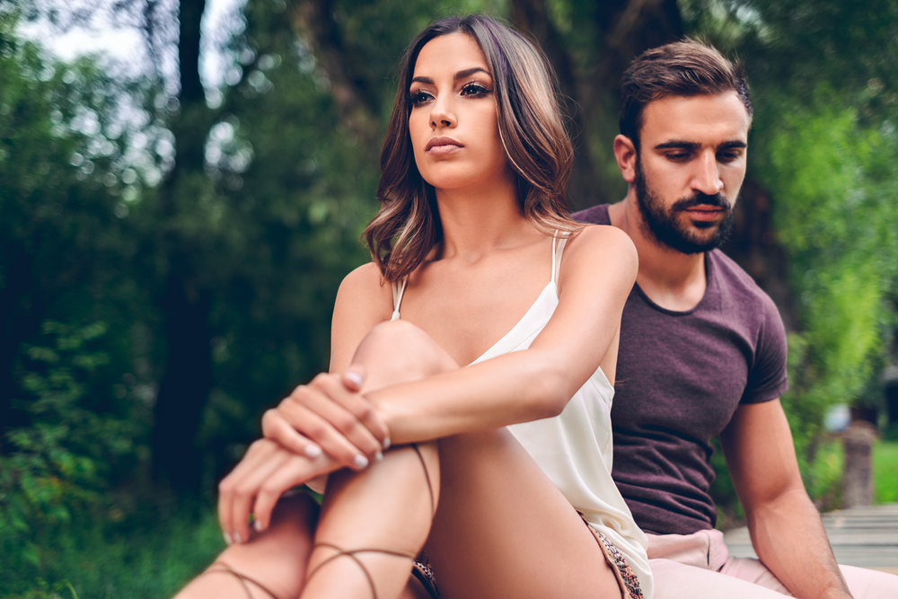 17 Signs He's Not Into You