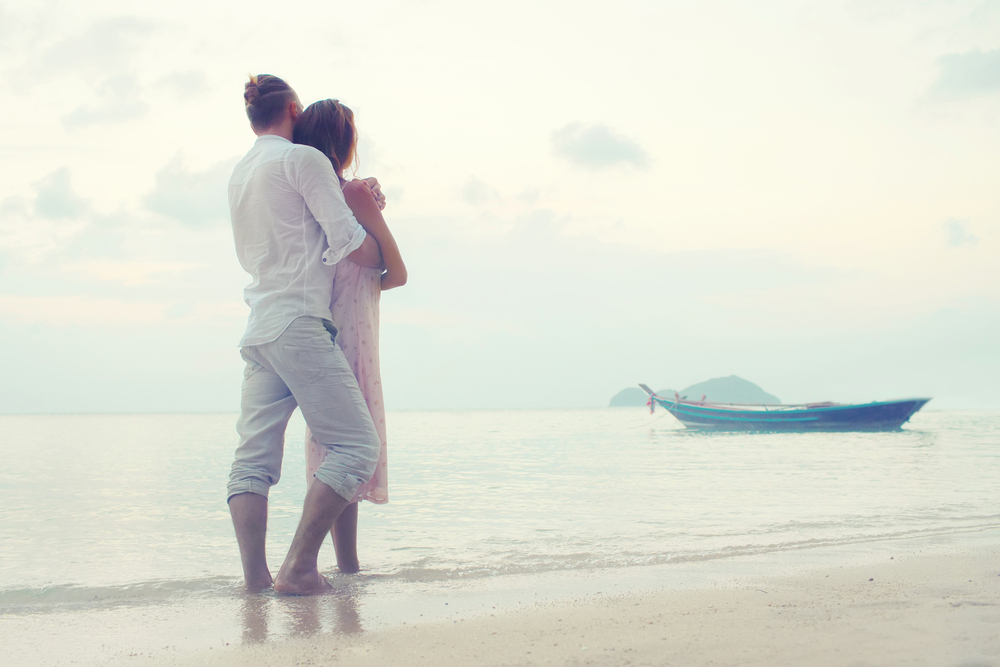 15 Signs A Man Wants To Be With You