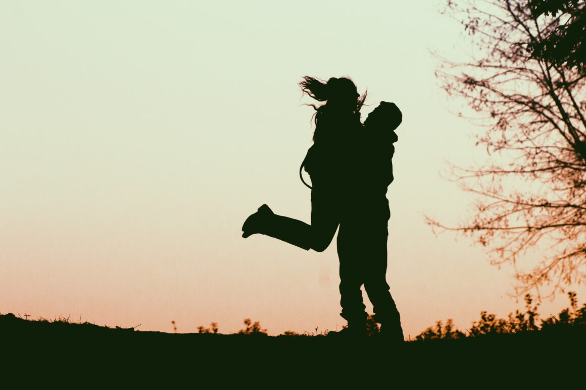 20 Things He Will Do For You If He Truly Loves You