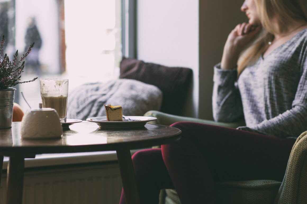 10 Telltale Signs You Are Losing Yourself In A Relationship