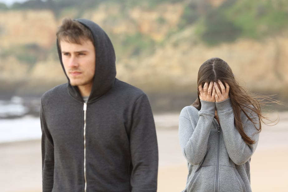 11 Things That Look Like Love But Are Undeniably Manipulation