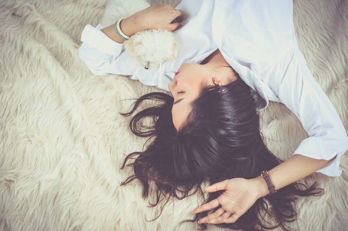 14 Reasons You Should Fall In Love With A Stubborn Girl