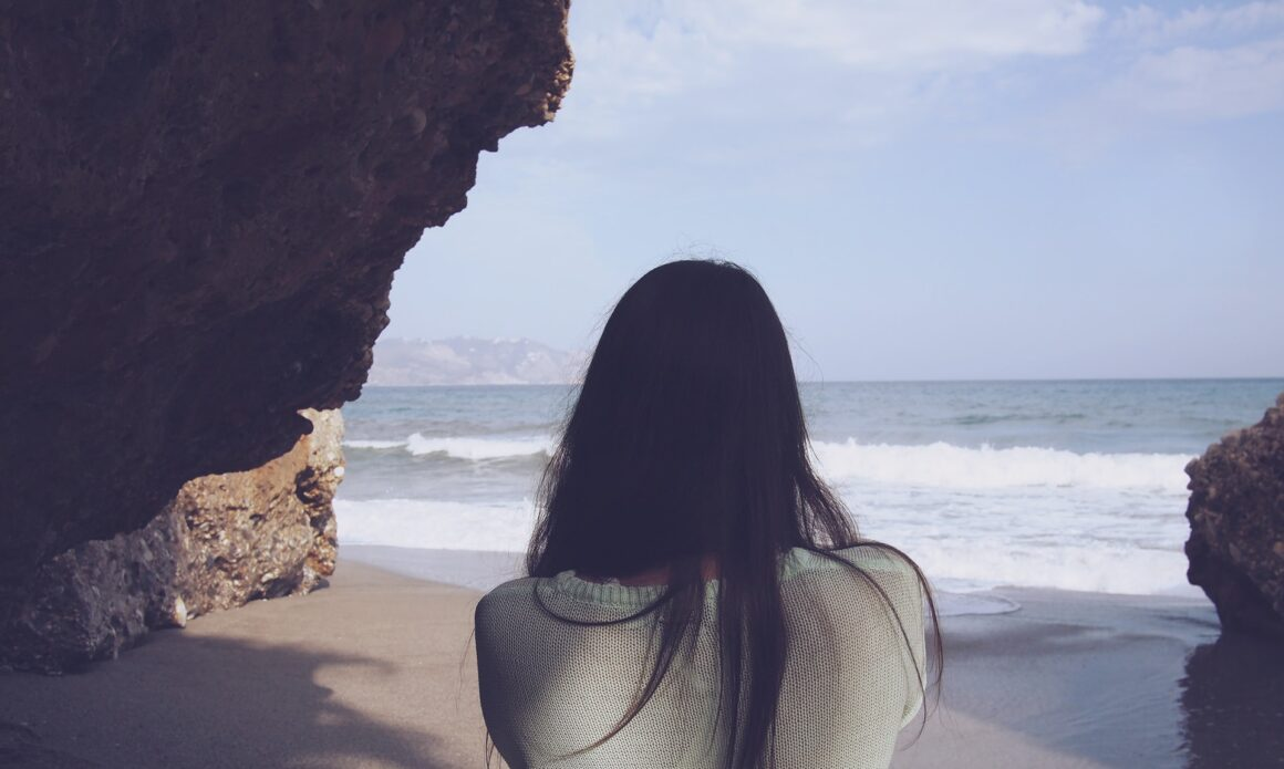 7 Clear Signs That He Doesn't Love You Anymore