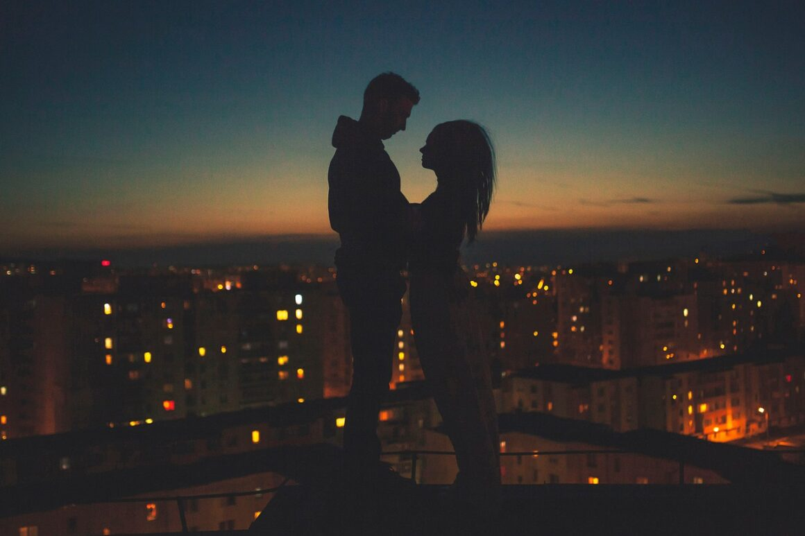 Everything You Need to Know About the Stages of a Rebound Relationship