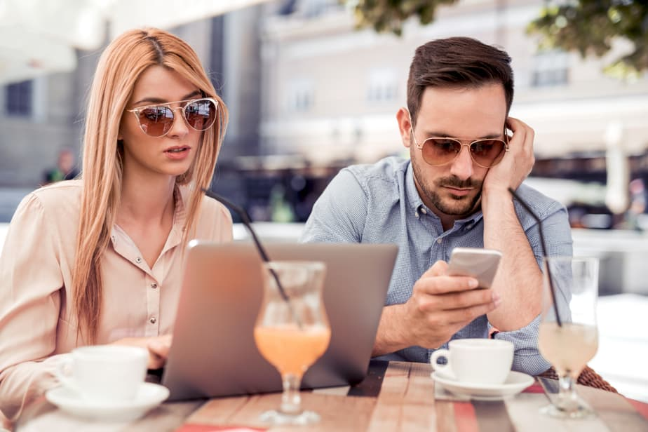 6 Signs He Is Not Interested Anymore That You Can Catch Early