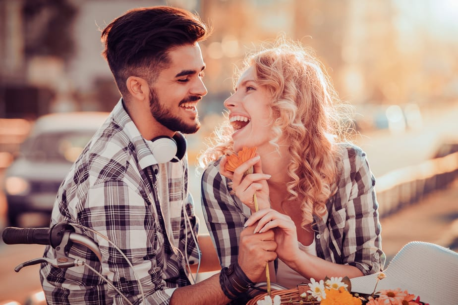 11 Proven Signs He Finds You Irresistible