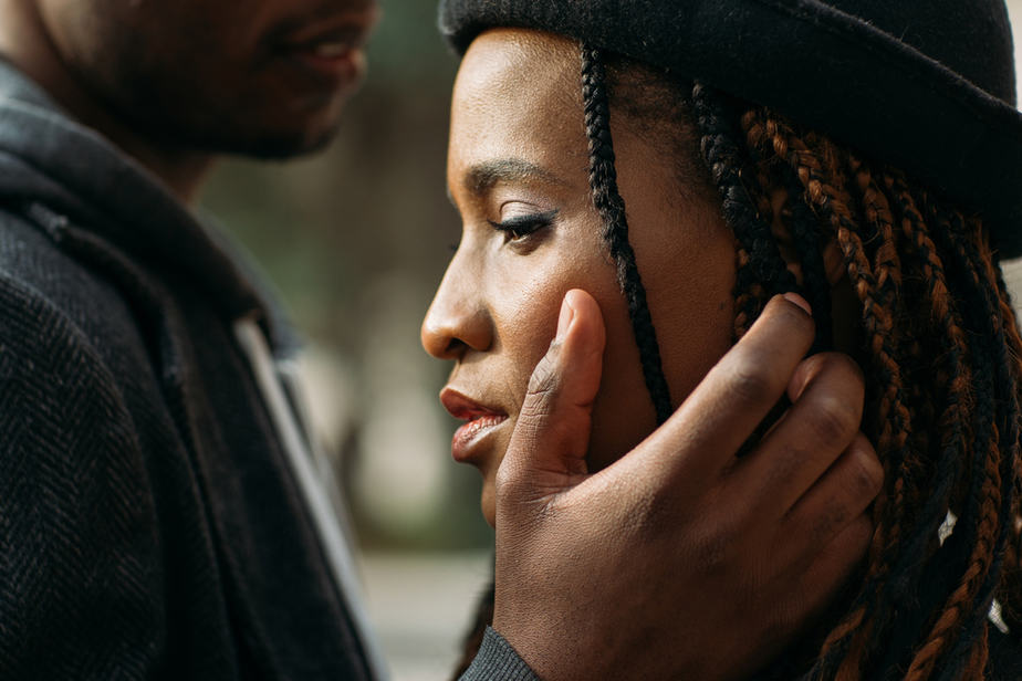 DONE! 9 Stupid Things Insecure Men Do In Relationships