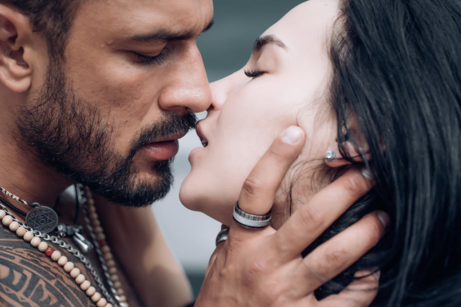 DONE! Worst To Best Kissers Ranked By Their Zodiac Sign
