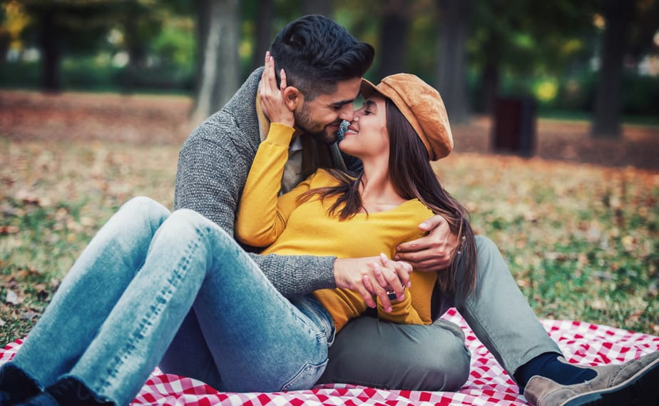 Dating A Shy Guy 33 Key Things To Know Before Dating Him