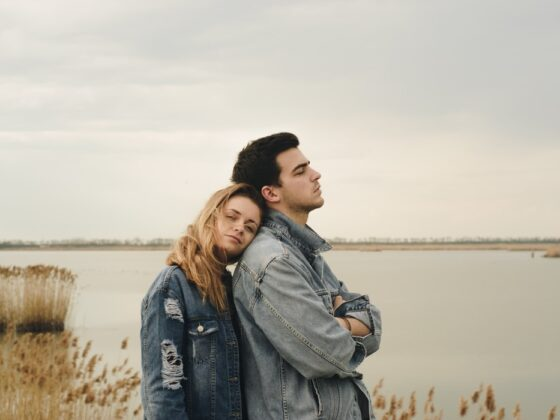 7 Things You Can Do If Your Man Doesn't Want To Commit But Won't Leave You Either