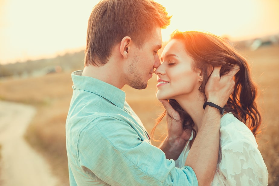 DONE! 11 Proven Signs He Finds You Irresistible