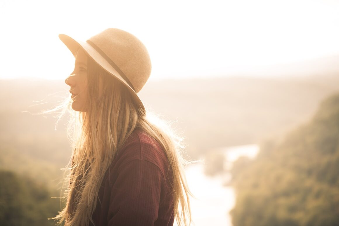 DONE! 9 Undeniable Signs You Have A Fear Of Abandonment