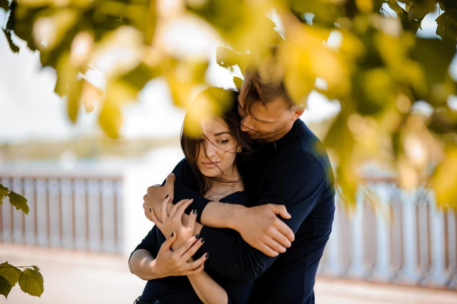 DONE Decoding A Man's Behavior 6 Signs He's Using You To Get Over A Heartache
