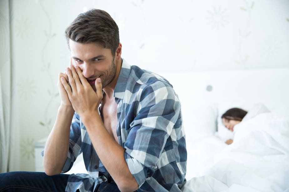 DONE! 22 Signs Of Cheating Husband Guilt That Women Often Don't Notice