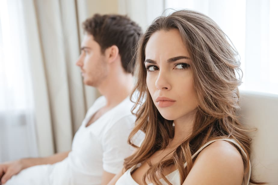DONE! 5 Obvious Signs You'd Be Happier Without Him In Your Life