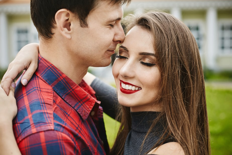 DONE! When Does A Man Start To Miss You 10 Ways To Make Him Crave You
