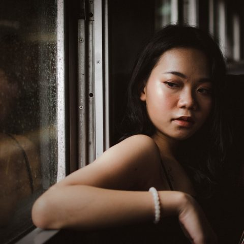 20 Surest Signs Your Ex Girlfriend Is Pretending To Be Over You But Actually Still Cares