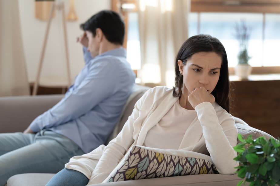 14 Telltale Signs Your Marriage Is Over For Your Man