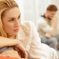 20 Painful Signs Your Husband Isn't In Love With You