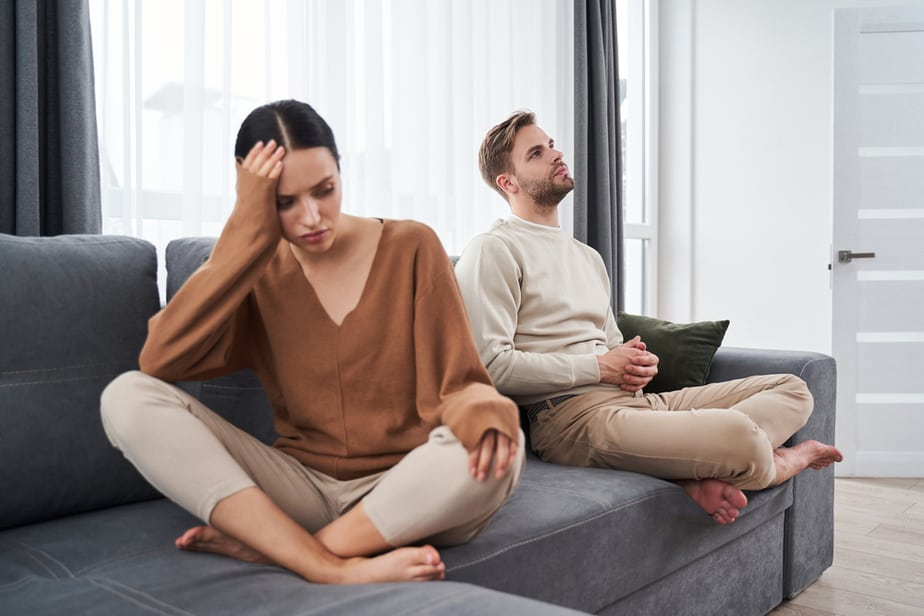 DONE! 6 Clear Signs Your Wife Is Changing Her Mind About The Divorce
