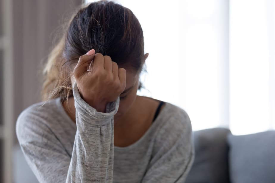 DONE! 7 Heart-Rending Signs Breaking Up With Him Was A Mistake