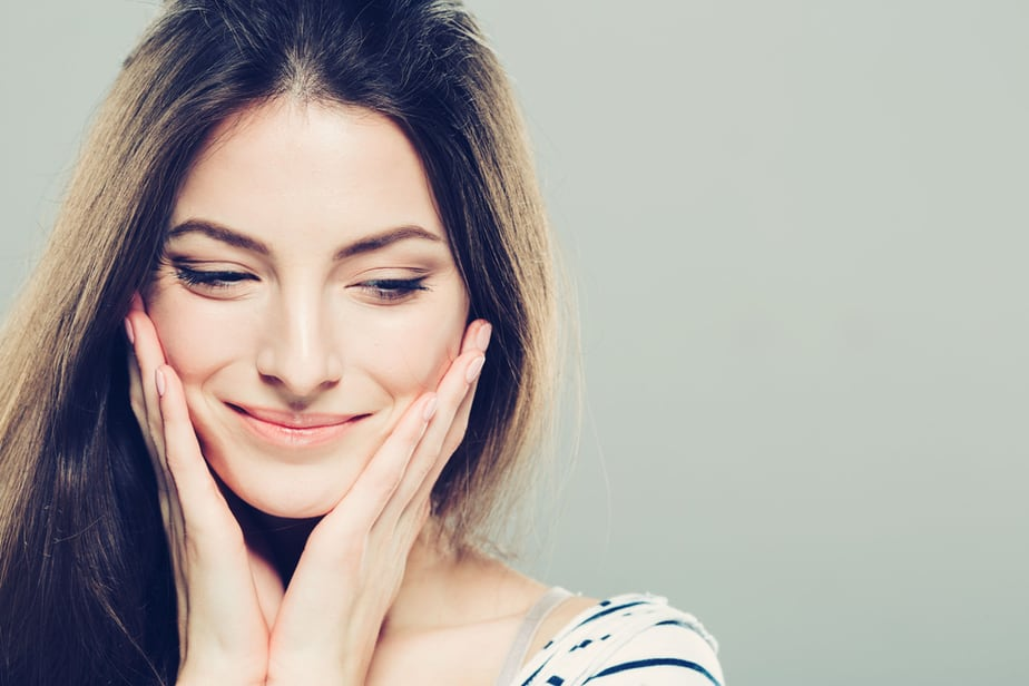 DONE! 6 Obvious Signs You're Bottling Up Your Emotions But You Don't Want To Admit It